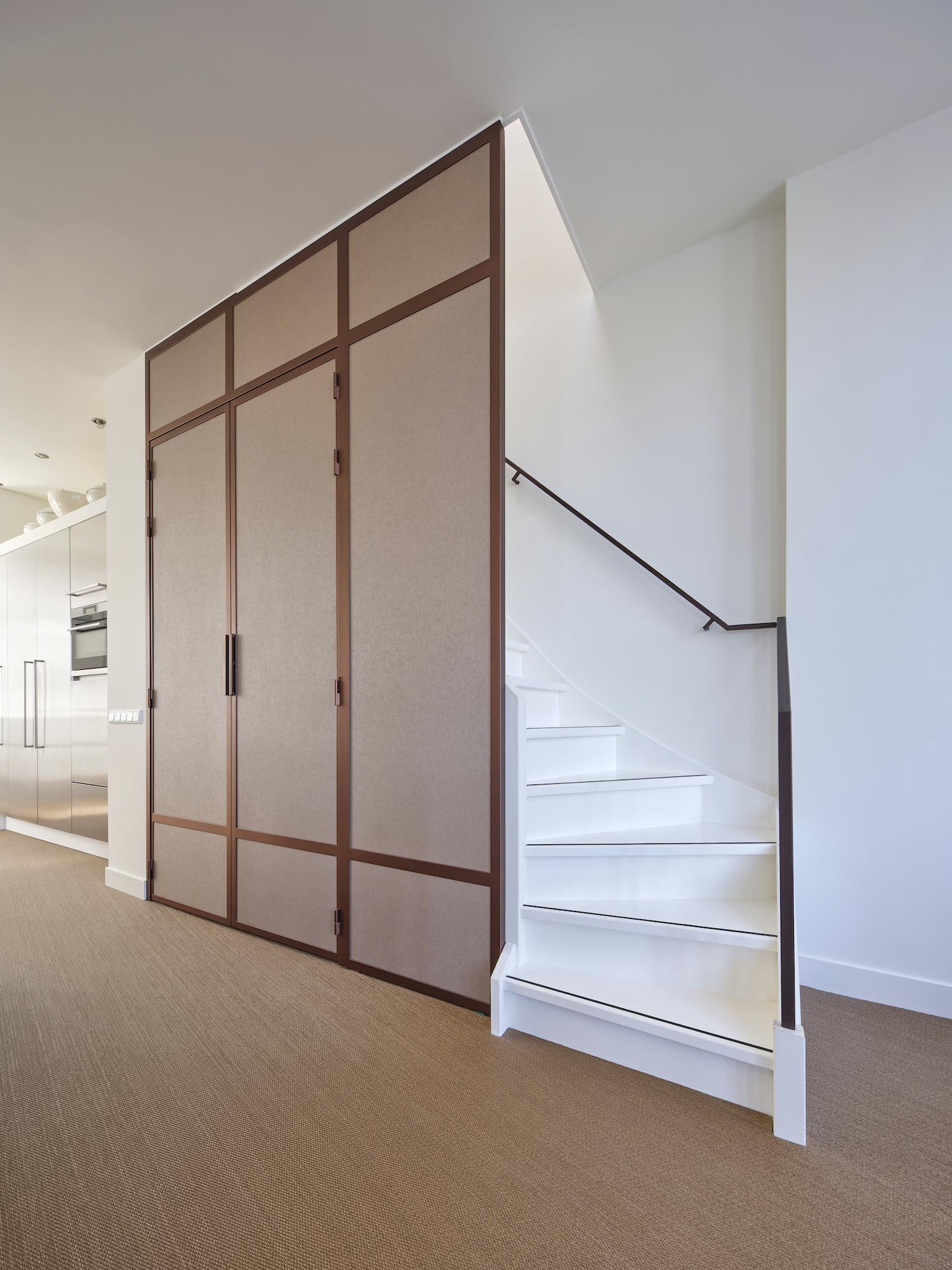 Andere kleuren en toepassingen van stalen deuren
